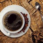 眠気覚ましにコーヒーの代用になる飲み物は?眠気防止に良い効果も