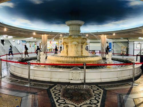 「泉の広場」の画像検索結果